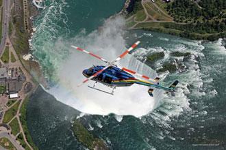 ナイアガラの滝ヘリコプター遊覧