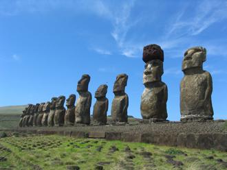 イースター島とペルー周遊 世界遺産の旅 10日間