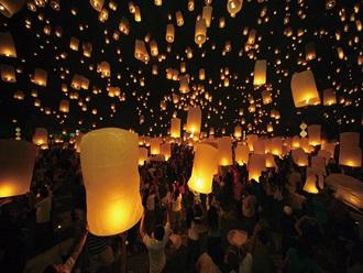 【11/20出発】年に1度のロイクラトン祭り バンコク・チェンマイ 5日間 <1名催行/願いを込めて天燈上げ>