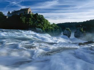 ラインの滝(C)swiss-image.ch