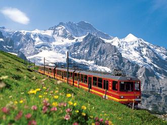 憧れの絶景ホテルに2連泊!スイス3大名峰のんびりハイキングの旅 8日間