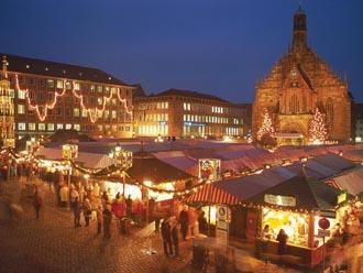 ニュルンベルグのクリスマス市/写真提供:ドイツ観光局