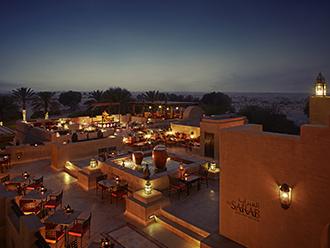 砂漠のリゾートに泊まる ドバイ 5日間